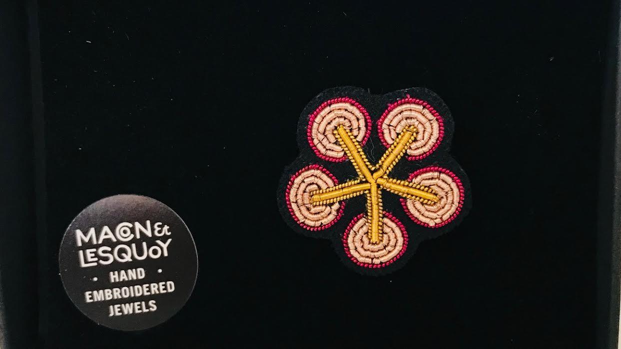 Broche Macon&Lesquoy Sakura chez Bee art&design à Saint-Malo
