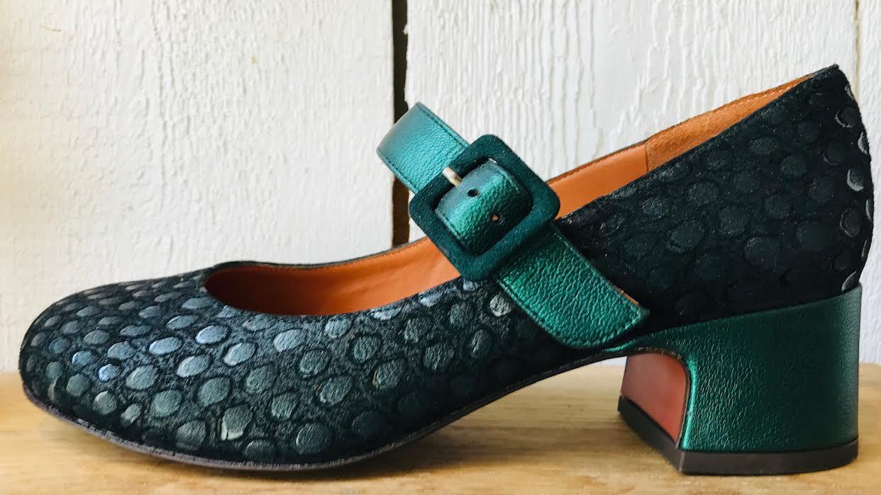 Chaussure Chie Mihara ULMER vert chez Bee art&design à Saint-Malo