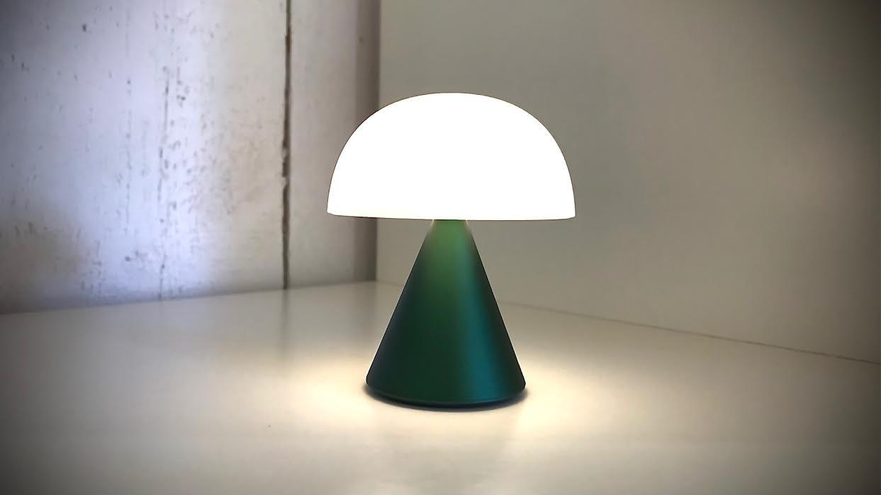 Mini lampe LED LEXON mina verte chez Bee art&design Saint-Malo