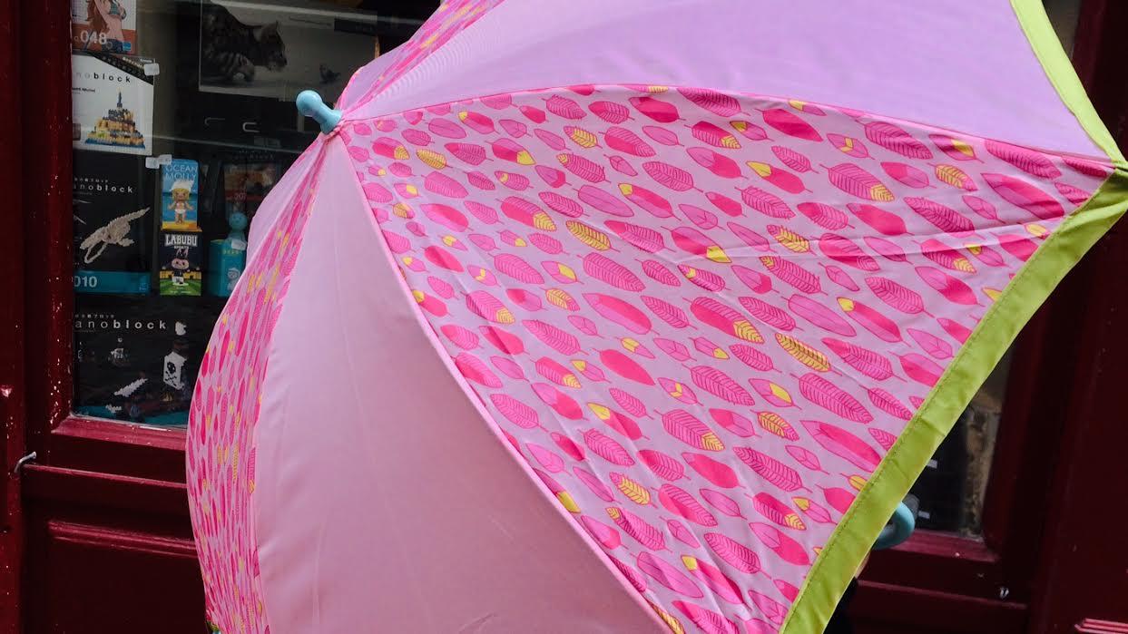 Parapluie enfant Sigikid rose chez Bee art et design à Saint-Malo