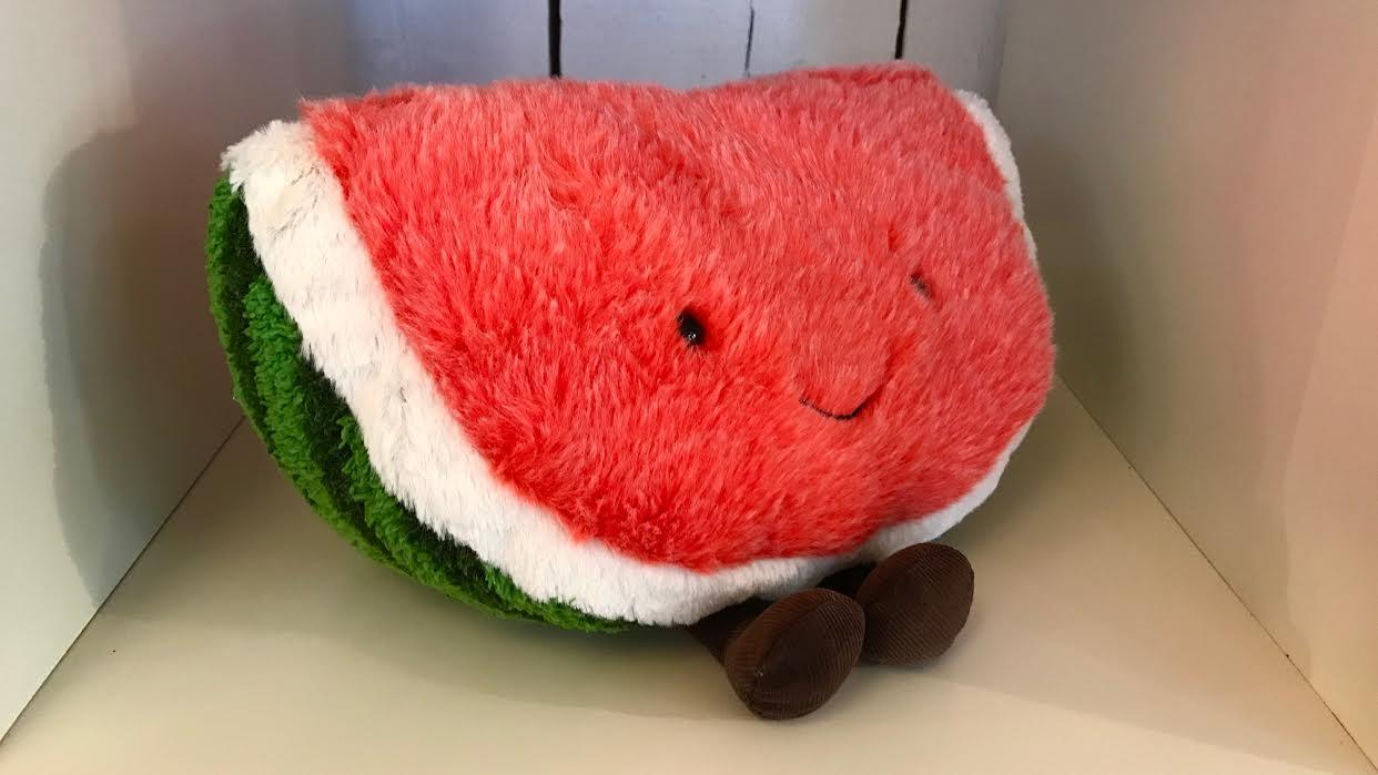 Peluche Jellycat Amuseable Watermelon Pastèque chez Bee art&design Saint-Malo