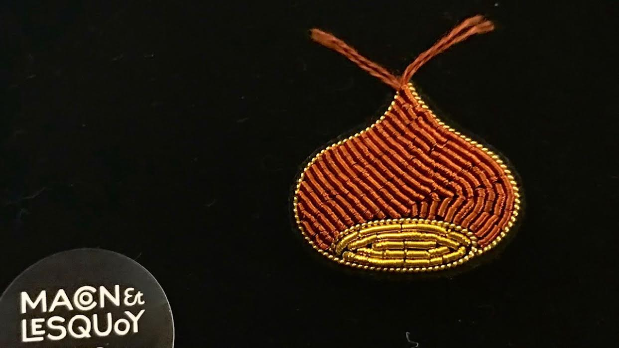 Broche Macon&Lesquoy marron chaud chez Bee art&design