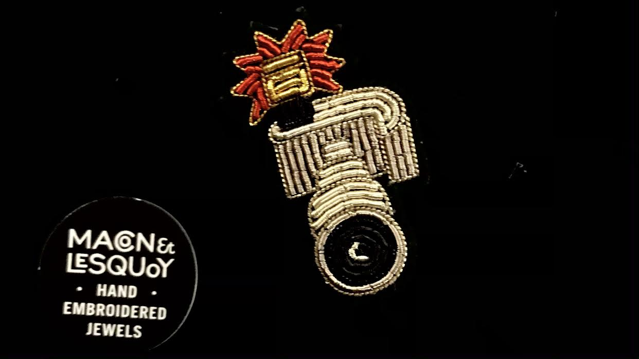 Broche Macon&Lesquoy téléobjectif chez Bee art&design