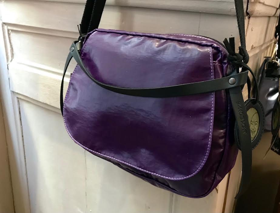 sac Jack Gomme light happy violet chez Bee art&design à Saint-Malo