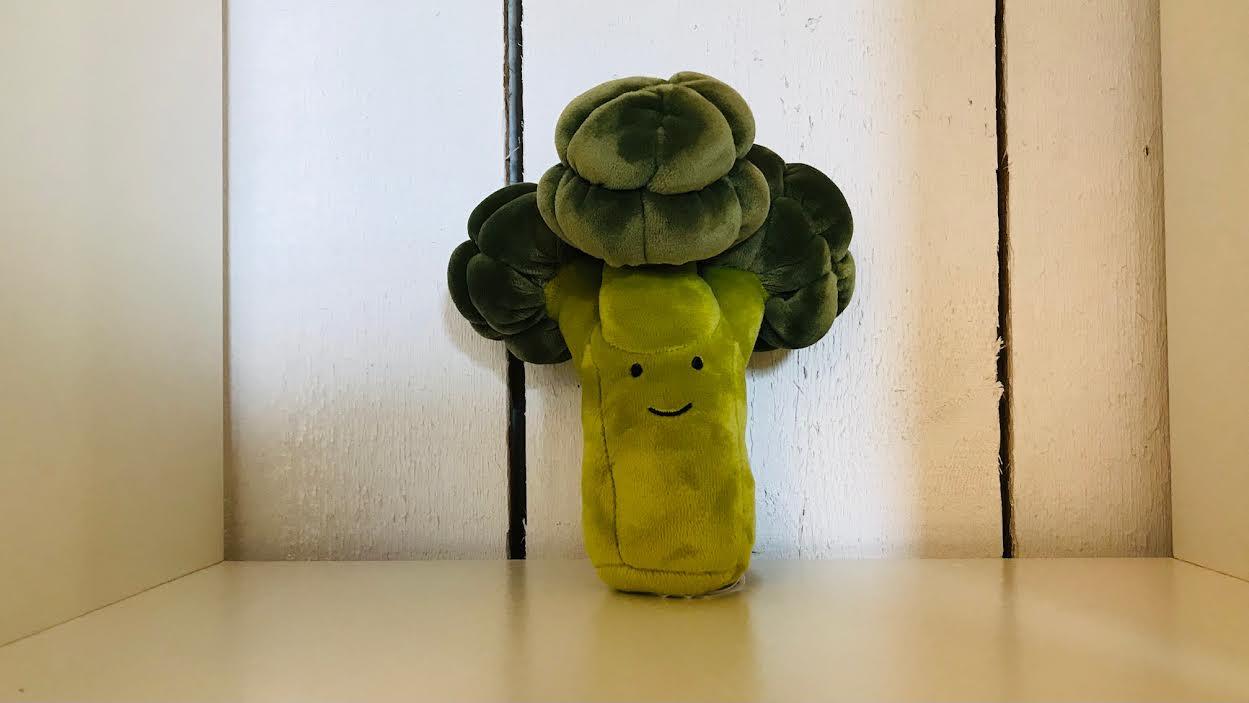 Peluche Jellycat huggady elephant chez Bee art&design Saint-Malo