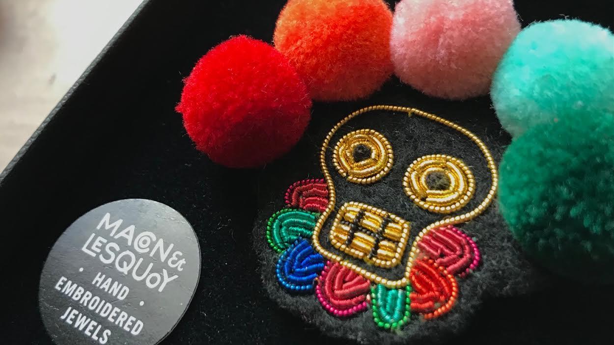 mode-maconlesquoy- muerte pompoms chez bee art&design